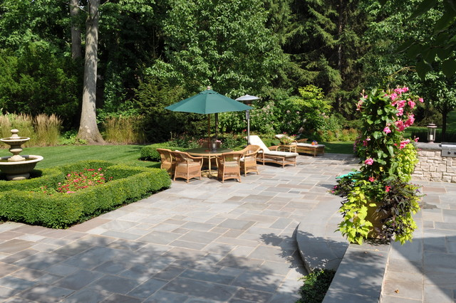 Bluestone Pavers Landscape Traditional with Bluestone Chaise Lounge Fountain