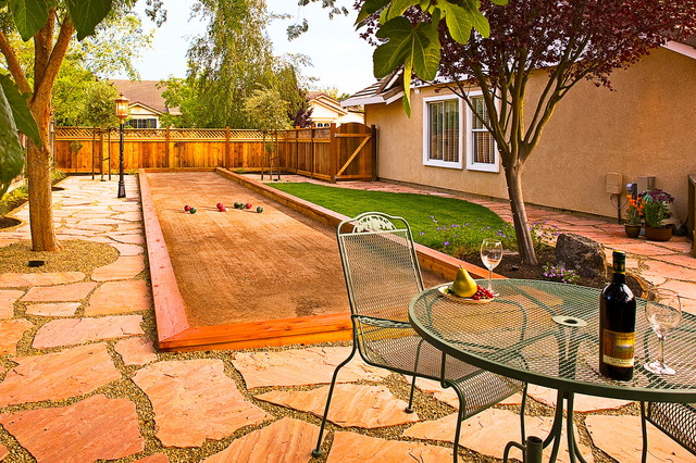 bocce ball court Landscape Eclectic with backyard bocce ball brown