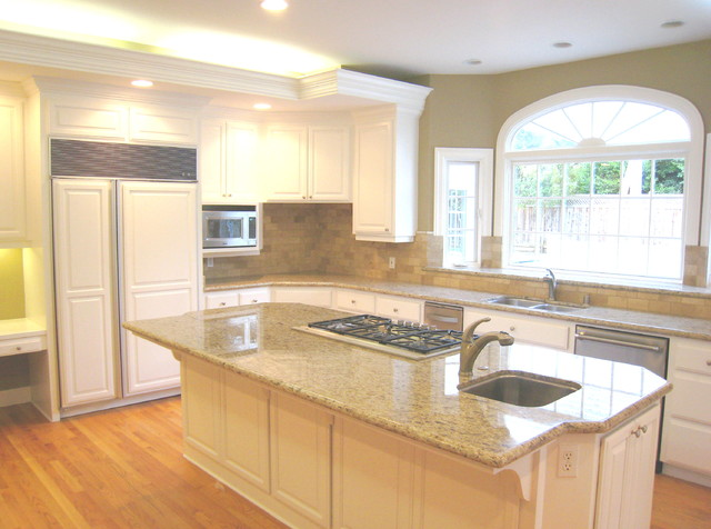 Giallo Ornamental Kitchen Traditional with Countertop Giallo Ornamental Granit1