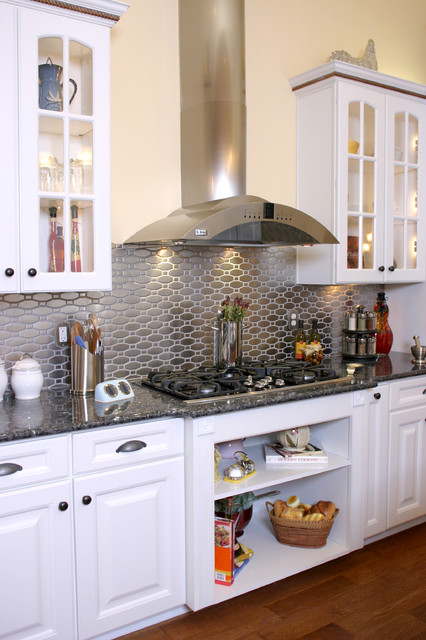 how to install backsplash Kitchen Traditional with beige wall cooktop glass