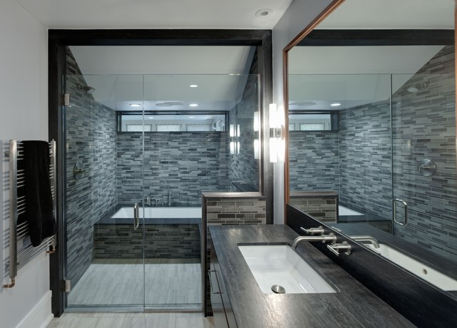 infinity drain Bathroom Modern with clerestory windows frameless glass