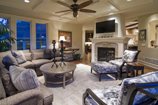 Kilim Beige Family Room Traditional with Ceiling Fan Ceiling Lighting