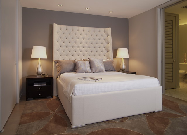 King Upholstered Headboard Bedroom Contemporary with Accent Wall Bedside Table