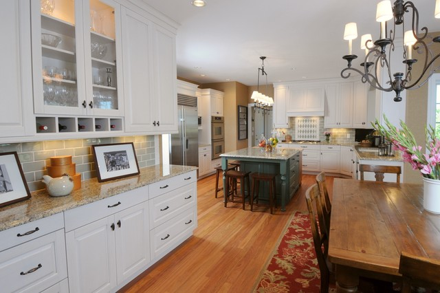 Linear Chandelier Kitchen Traditional with Breakfast Bar Country Kitchen
