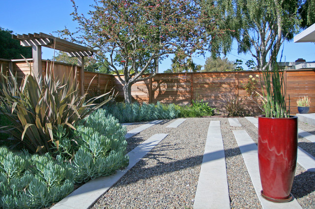 Lowes Vinyl Fence Landscape Contemporary with Container Plant Drought Tolerant