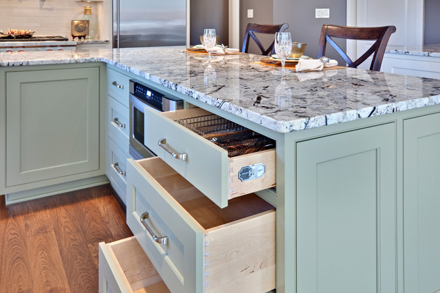 Luna Pearl Granite Kitchen Contemporary with Breakfast Bar Eat In1