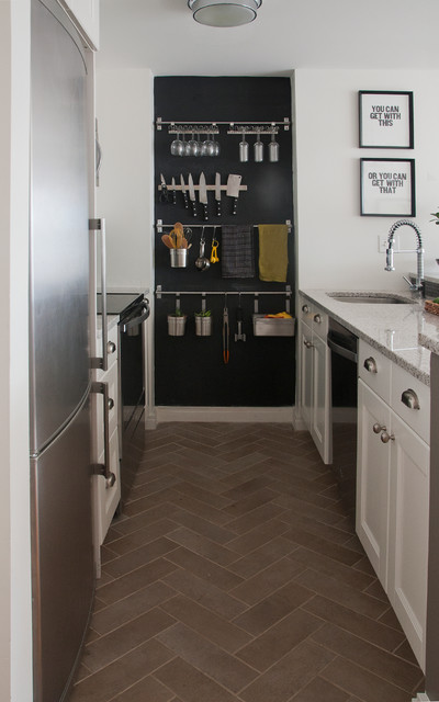 magnetic knife rack Kitchen Contemporary with CategoryKitchenStyleContemporaryLocationNashville