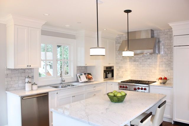 Marble Subway Tile Kitchen Traditional with Counter Stools Crown Molding