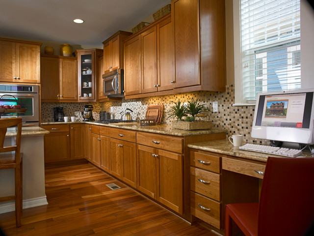 Mastercraft Cabinets Kitchen Traditional with Cabinet Cabinets Island Kitchen3