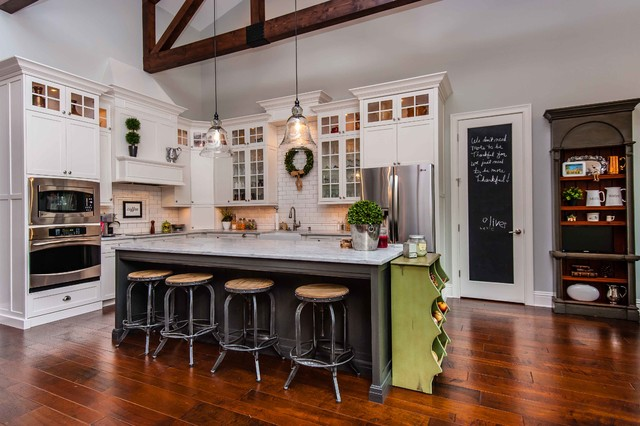 moen brantford Kitchen Traditional with chalkboard door christmas decor