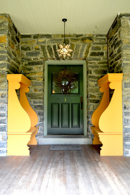 moravian star light Entry Traditional with curb appeal door window