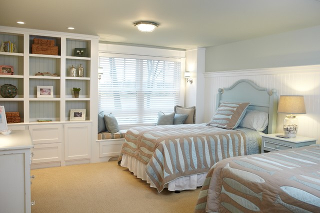 Narrow Bookshelf Bedroom Traditional with Brown Bench Cushion Brown