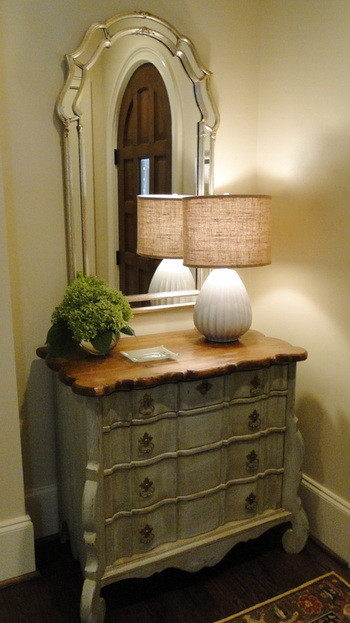Narrow Dresser Spaces Traditional with Burlap Entry Foyer Hydrangeas