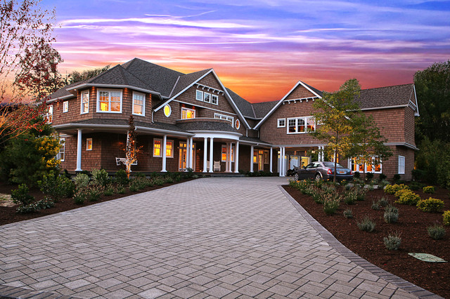Paver Patterns Exterior Victorian with Balcony Cape Cod Driveway