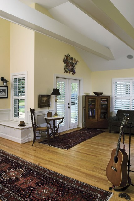 Plantation Blinds Living Room Craftsman with Bench Exposed Beams French