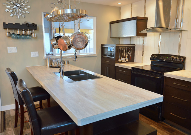 Pots and Pans Rack Kitchen Modern with Barstools Island Seating Kitchen1