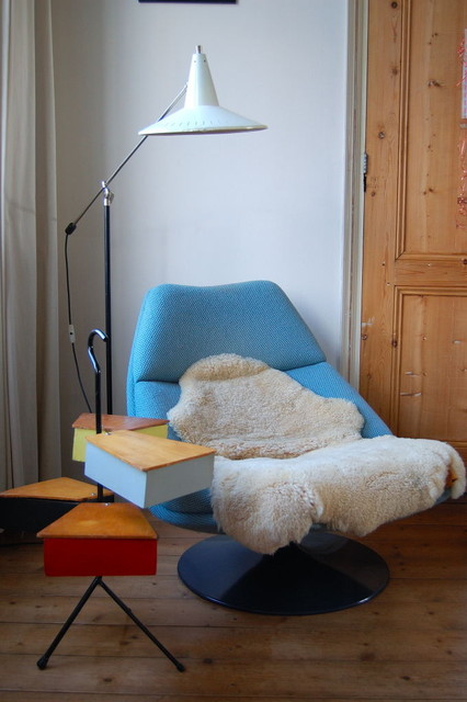 sheepskin blanket Living Room Midcentury with end table floor lamp