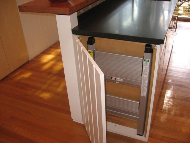 Stepping Stool Kitchen Traditional with Categorykitchenstyletraditionallocationother Metro