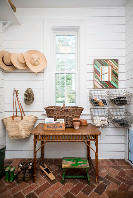 Storage Bins with Lids Entry Farmhouse with Brick Hat Hooks Herringbone