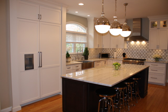 Thermador Refrigerator Kitchen Traditional with Counters Are White Macaubus