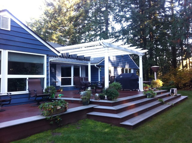 Trillium Construction Spaces Traditional with Barbeque Composite Decking Outdoor