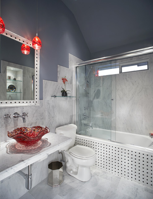 Wastebasket Bathroom Eclectic with Bathroom Mirror Clerestory Glass