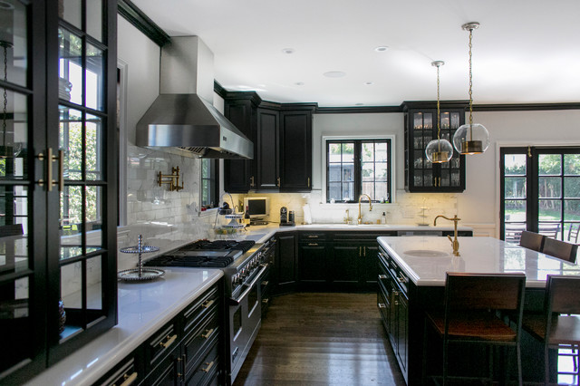 Waterstone Faucets Kitchen Transitional with Black Cabinets Black Crown1