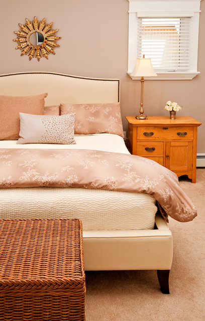 Wicker Trunk Bedroom Traditional with Beige Bed Beige Bedding