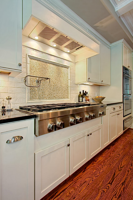 Wolf Cooktop Kitchen Traditional with Beige Ceiling Beige Mosaic