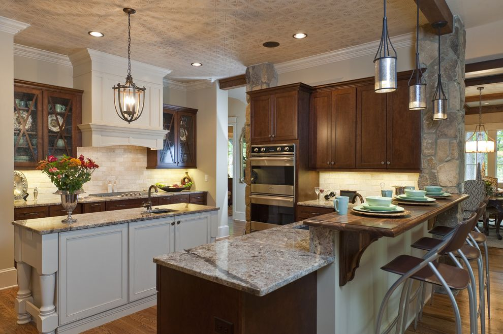 Breakfast Bar Edison Lighting  for Traditional Kitchen and Home Builder in Sc