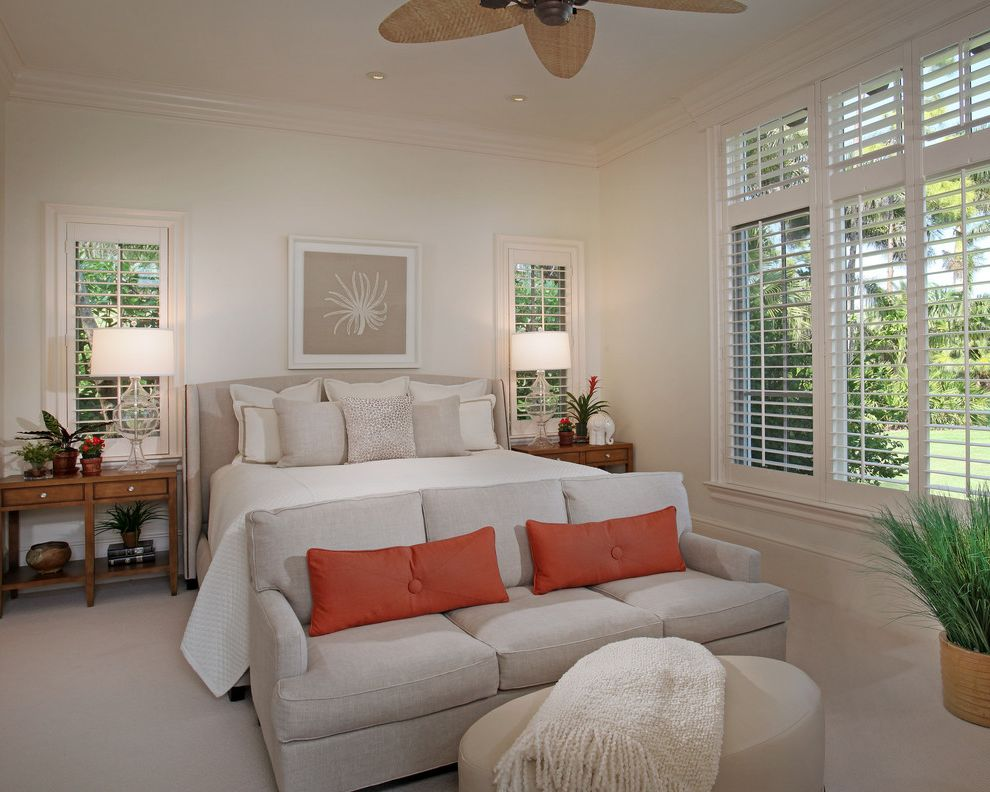 Ceiling fan for bedroom with plantation shutters for for Decorating with plantation shutters