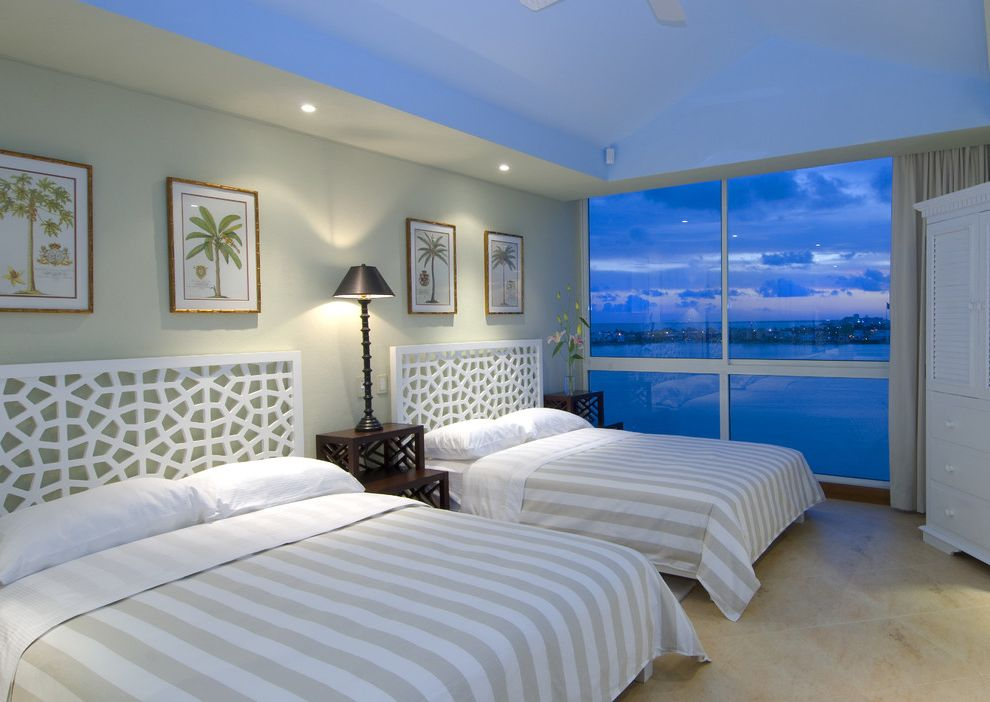Coastal Chic Headboard  for Tropical Bedroom and Nightstand