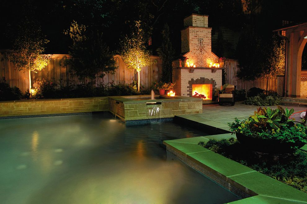 Spanish Style Outdoor Patio Paving for Traditional Pool and Traditional