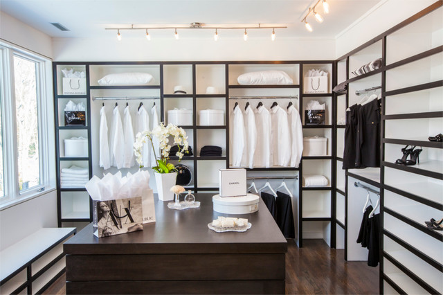 Allen Roth Closet Closet Farmhouse with Black and White Dark