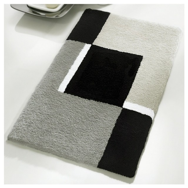 Bathmat with Black Grey and White