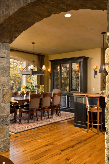 Breakfront Dining Room Traditional with Arch Archway Breakfast Bar
