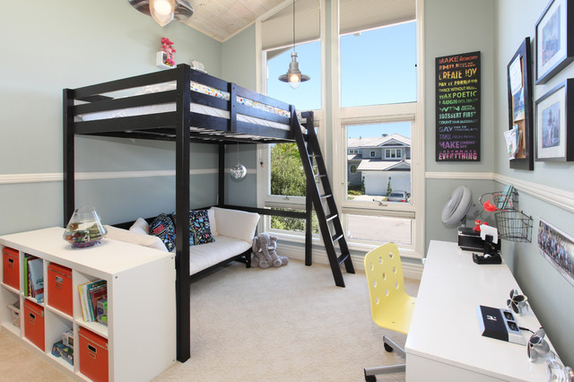 Bunk Bed with Desk Underneath Kids Tropical with Beige Carpet Black Bunk