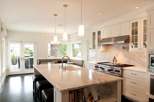 calcutta marble Kitchen Transitional with banquette black and white
