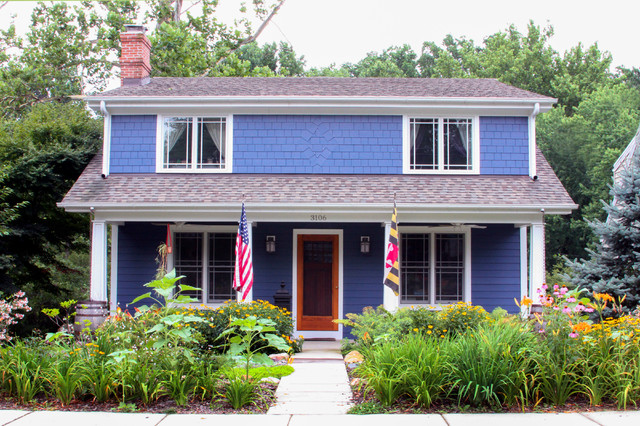 Certainteed Landmark Shingles Exterior Traditional with American Flag Blue Shingle