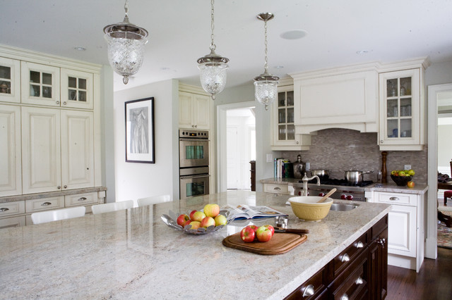 Colonial Cream Granite Kitchen Traditional with Bell Pendant Breakfast Bar