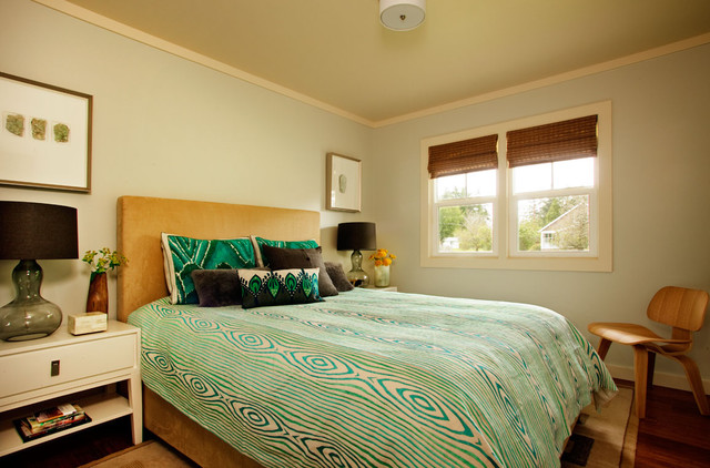 Comforters and Duvets Bedroom Beach with Area Rug Bed Pillows