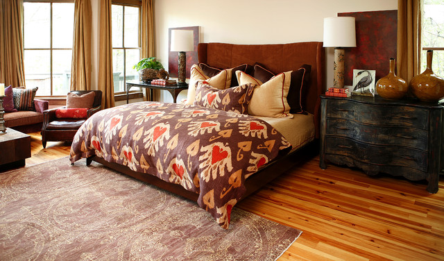 Comforters and Duvets Bedroom Eclectic with Area Rug Bed Pillows