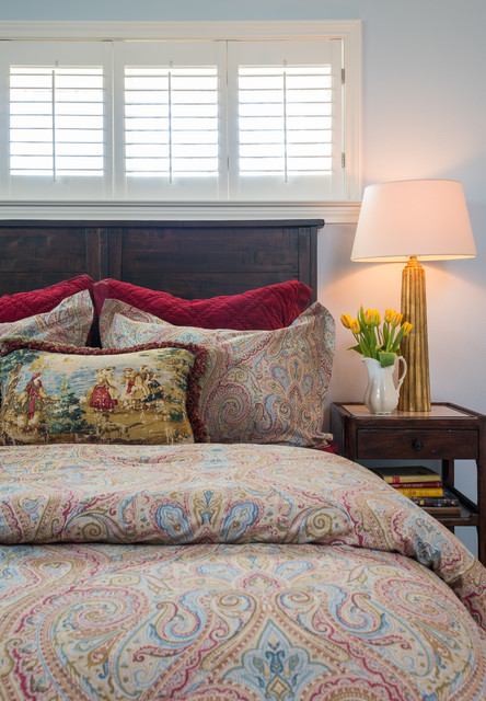 Comforters and Duvets Bedroom Traditional with Antique Gold Lamp Antique