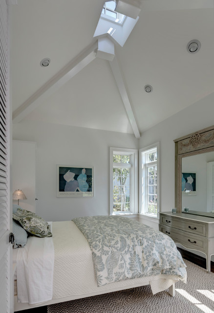 comforters and duvets Bedroom Traditional with area rug artwork carved