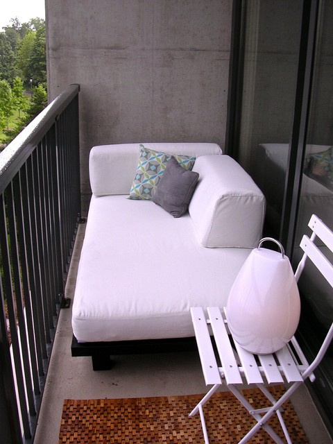 Couch with Chaise Lounge Patio Modern with Categorypatiostylemodernlocationatlanta