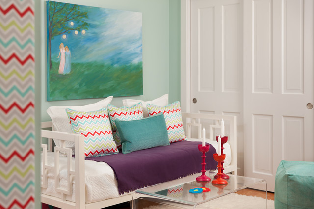 Daybeds for Girls Kids Transitional with Bulletin Board Daybeds Girls