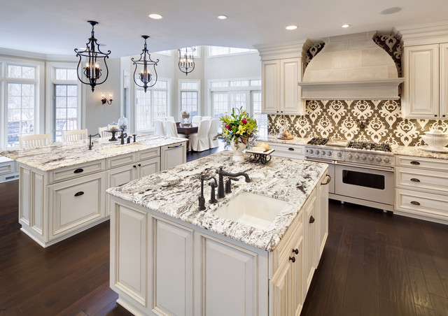 Delicatus Granite Kitchen Traditional with Accent Tiles Breakfast Bar