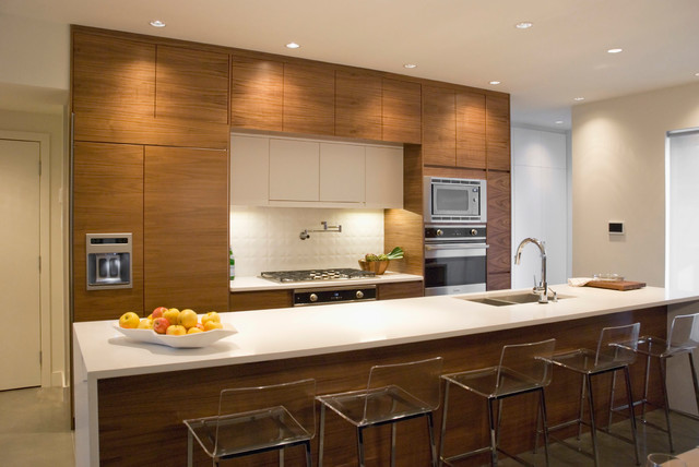 Delta In2ition Kitchen Contemporary with Bar Stools Eat in Flat