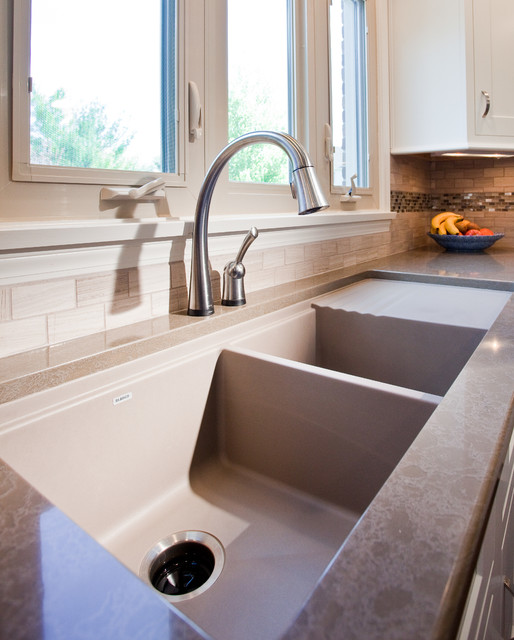Drainboard Sink Kitchen Traditional with Double Bowl Undermount Sink