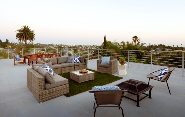 fake grass rug Deck Transitional with city view fire pit